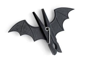Paper clips CLIP ART 2 BAT AS BATMAN
